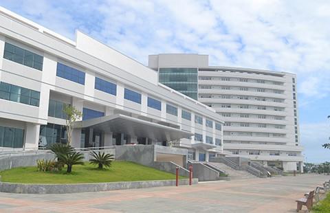 Điều tra vụ giám đốc bệnh viện trả 37 tỉ đồng tài trợ - ảnh 1