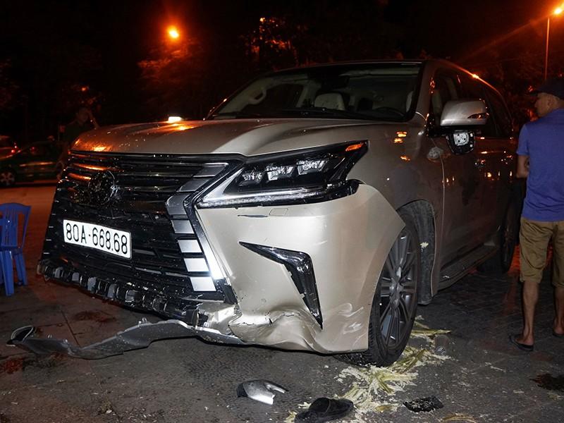 Công an thông tin về xe Lexus biển 80A gây tai nạn - ảnh 1