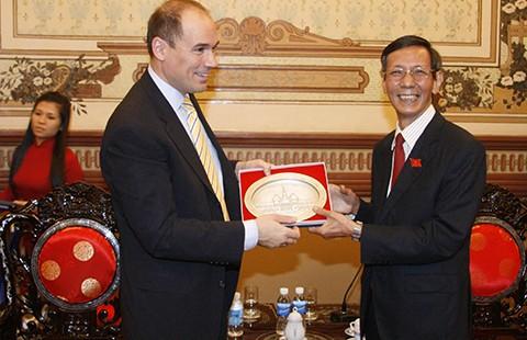 Ông Nguyễn Thanh Chín, người đại biểu của lòng dân - ảnh 1