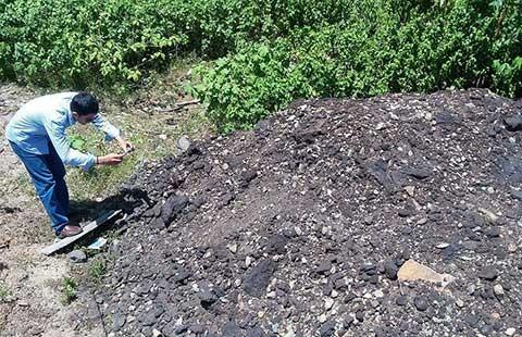 Lại phát hiện thêm điểm đổ chất thải của Formosa - ảnh 1