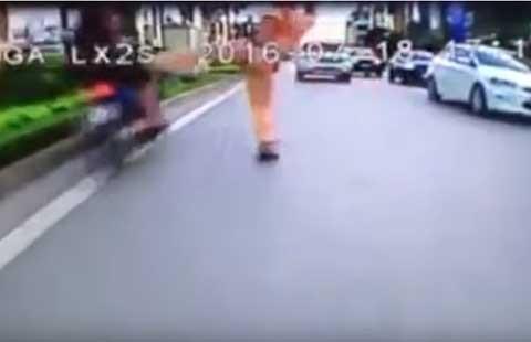 'Công an chặn người chạy xe ngược chiều là đúng' - ảnh 2