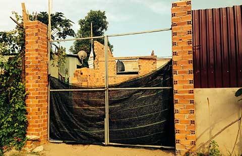Điều tra 'cò' bảo kê xây nhà không phép - ảnh 1
