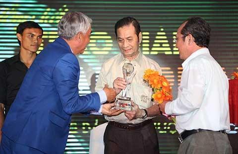 'Hướng đến cái đẹp để nâng tầm bóng đá Việt' - ảnh 2