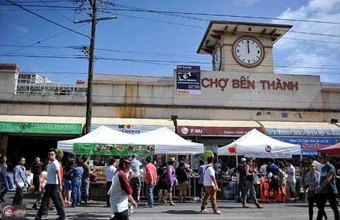 Chợ Bến Thành suýt mất bộ mặt truyền thống! - ảnh 1