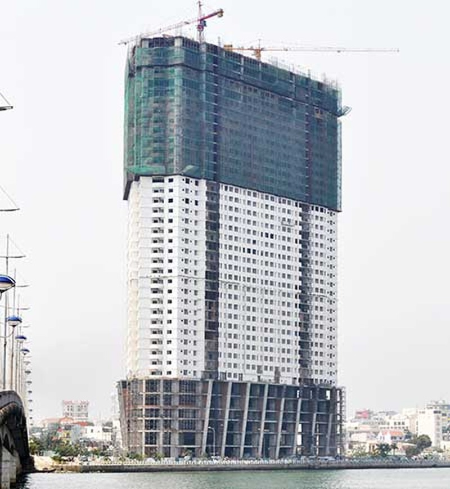 Mường Thanh lén xây vượt tầng cao ốc ở Nha Trang - ảnh 1