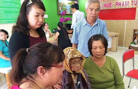 Vụ cụ bà 81 tuổi bị lừa lấy nhà: Đang chờ tòa giải quyết  - ảnh 1