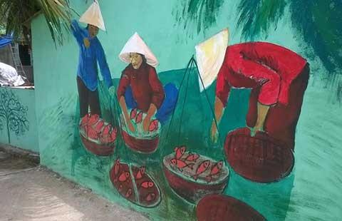 Làng cá đổi đời từ… tranh vẽ! - ảnh 1
