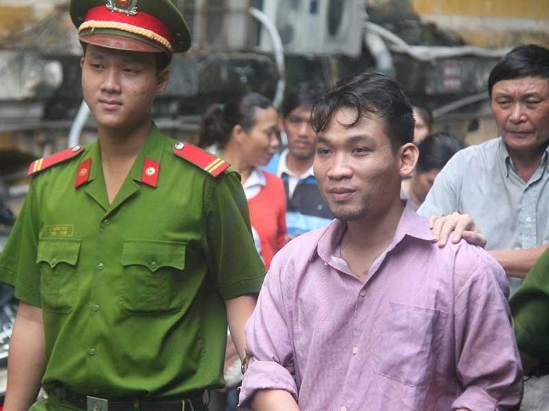 Tài xế của Hồ Ngọc Hà lãnh 3 năm tù - ảnh 1