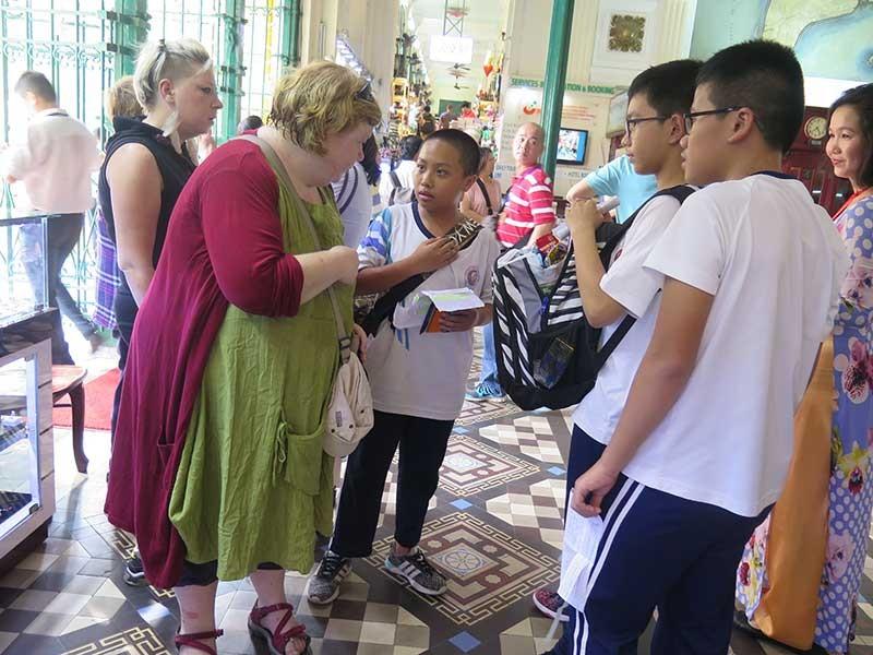 Khi học sinh lớp 8 làm hướng dẫn viên du lịch - ảnh 2