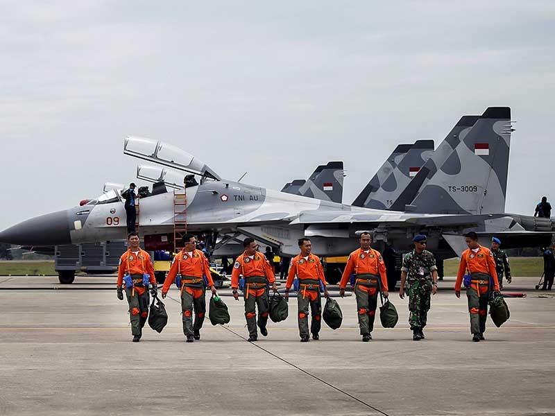 Năm nước tập trận ở biển Đông - ảnh 1