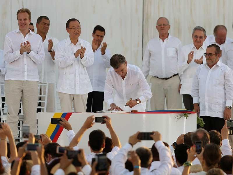 Tổng thống Santos đoạt giải Nobel Hòa bình  - ảnh 1