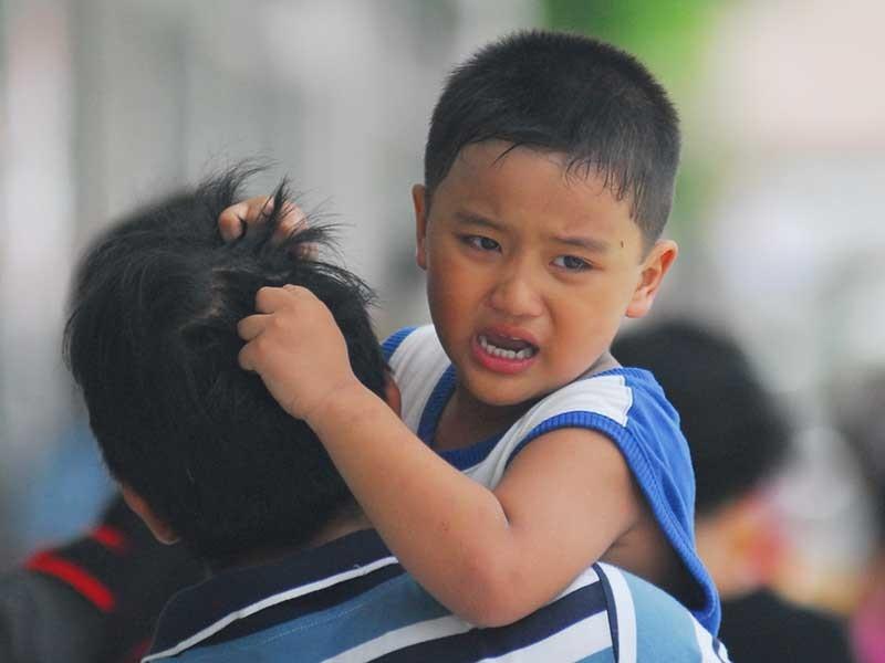 Giúp con trẻ thoát khỏi cảm xúc tiêu cực - ảnh 1