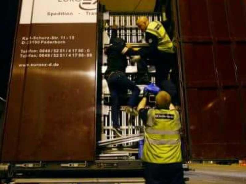 Nhập cư lậu vào Anh quốc - Hành trình sinh tử - ảnh 1