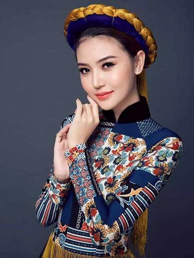 Hoa hậu Ngọc Duyên từng xin cha đi bán vé số - ảnh 2