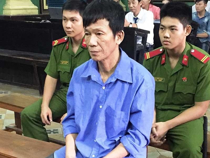 Cha vợ chém con rể: Tòa yêu cầu điều tra tội nặng hơn - ảnh 1