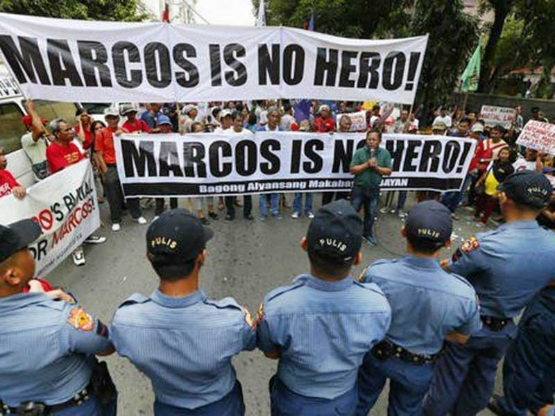 Biểu tình phản đối lễ an táng cựu Tổng thống Marcos  - ảnh 1