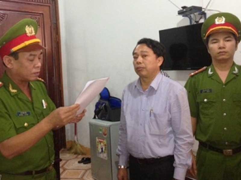 Nguyên chủ tịch huyện ăn tiền mặt bằng Formosa hầu tòa - ảnh 1