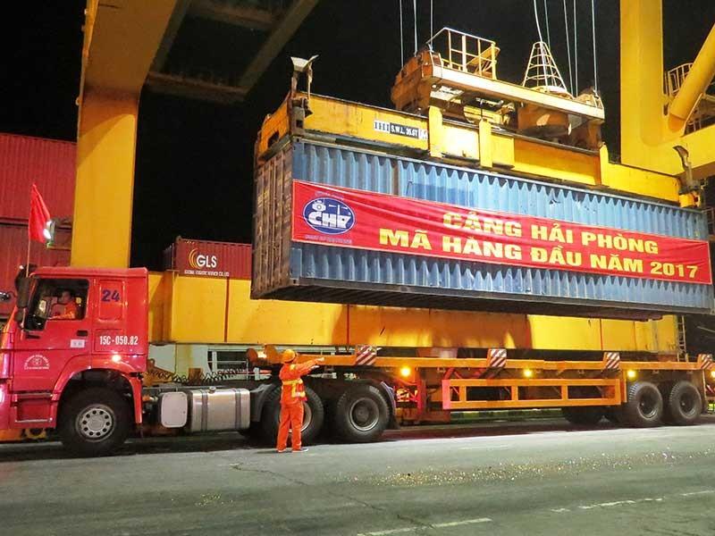 Hải Phòng chính thức thu phí cảng biển - ảnh 2
