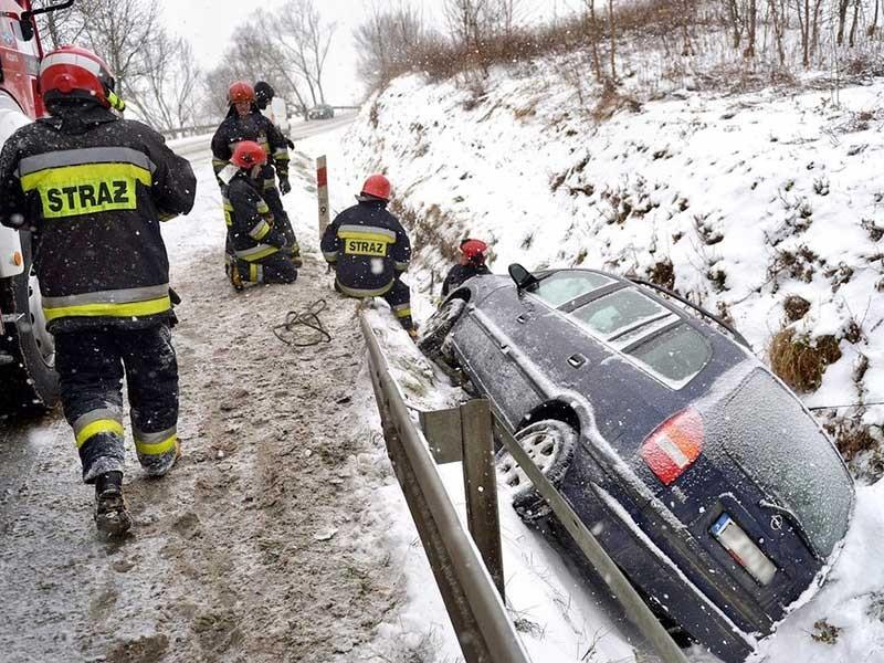 Trời lạnh ở châu Âu làm nhiều người chết cóng - ảnh 1