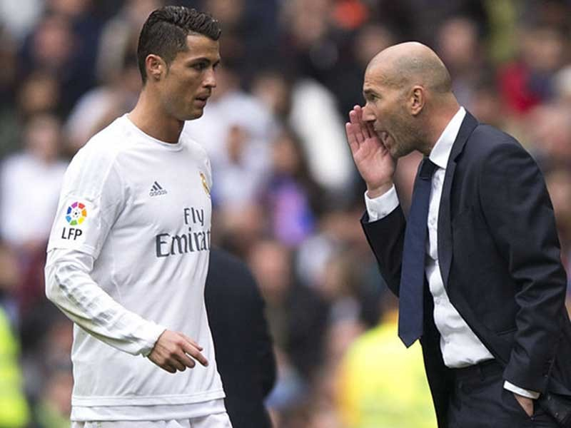 Real Madrid khủng hoảng? - ảnh 1