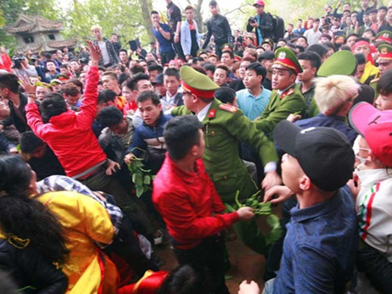 Bộ trưởng Công an chỉ đạo xóa tệ nạn tại các lễ hội - ảnh 1