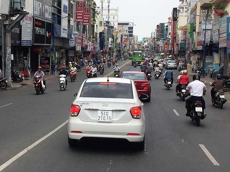 Ô tô được đi 2 chiều đường Phan Đình Phùng - ảnh 1