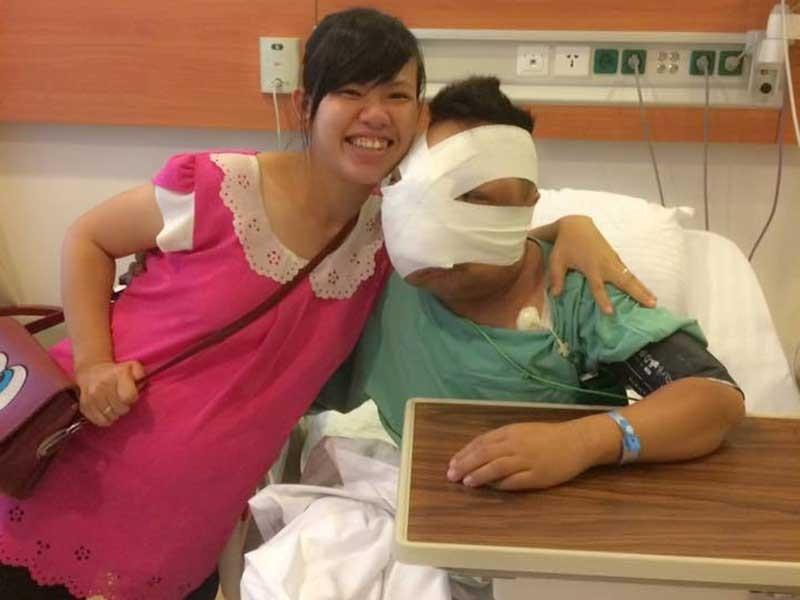 Người đẹp khuyết tật và chàng trai có khối u che mặt - ảnh 2