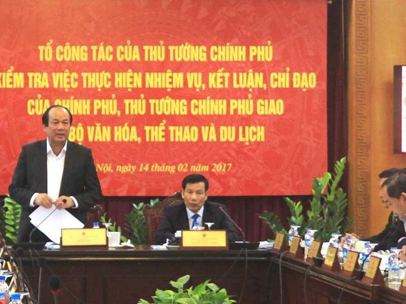 Thúc thủ trước nạn lễ hội, bộ trưởng VH-TT&DL bị phê - ảnh 1