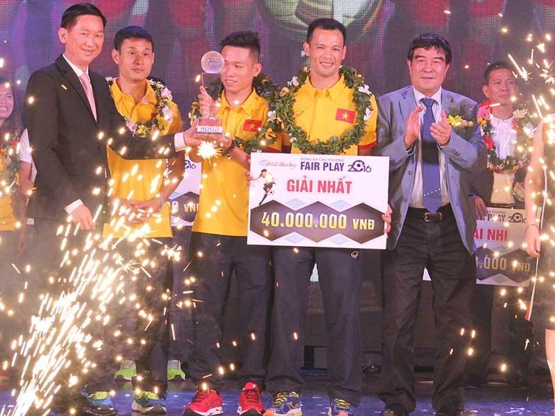 Danh hiệu FairPlay 2016 thuộc đội tuyển Futsal Việt Nam - ảnh 1