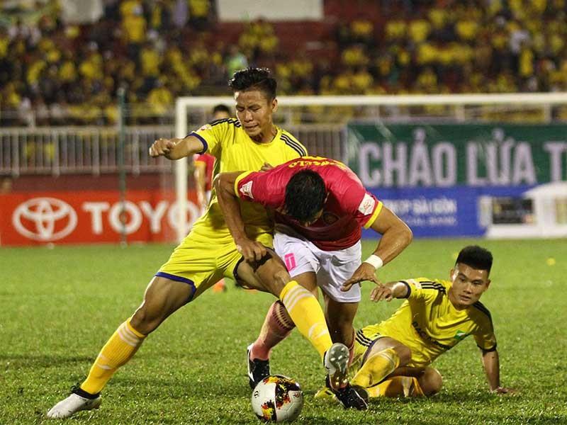 Sài Gòn FC nhấn chìm sóng vàng Sông Lam - ảnh 1