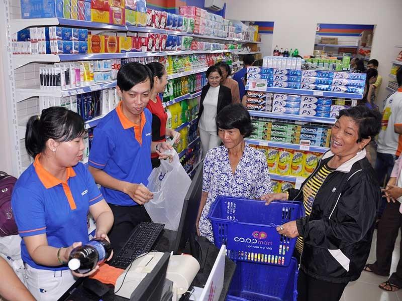 Doanh nghiệp Việt đầu tư vào cửa hàng tiện ích - ảnh 1