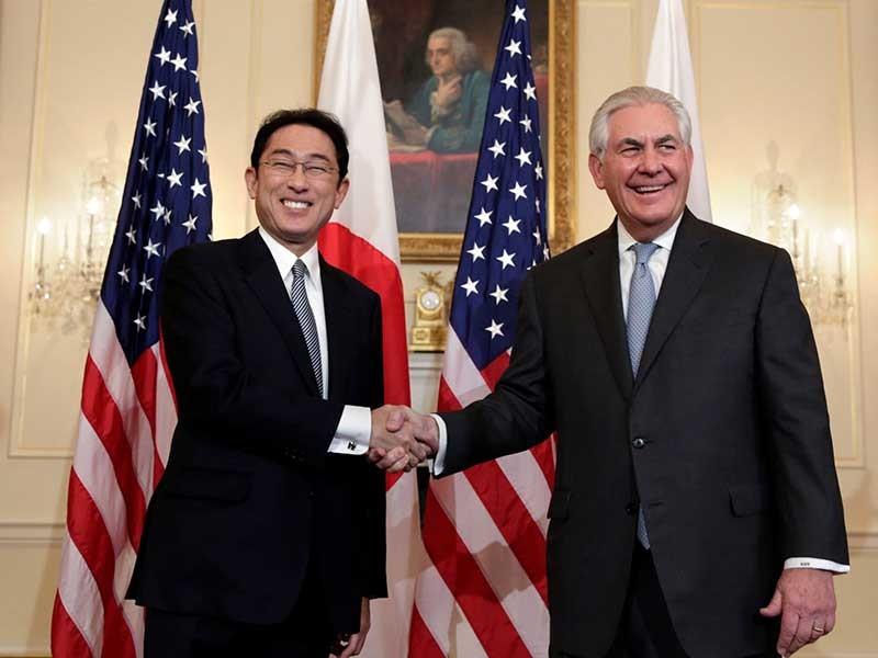 Ngoại trưởng Mỹ và thế cờ khó châu Á  - ảnh 1