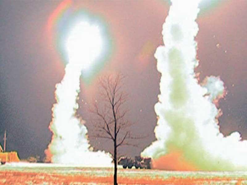 Nga tập dượt bắn 500 tên lửa hạ máy bay địch - ảnh 1