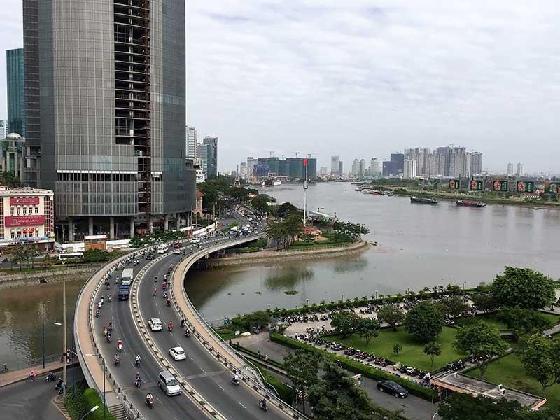 Lo ngại siêu đường ven sông gây kẹt xe cho Sài Gòn - ảnh 1