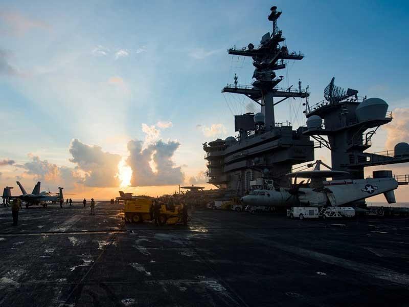 Loạn vị trí đội tàu sân bay Mỹ - ảnh 1