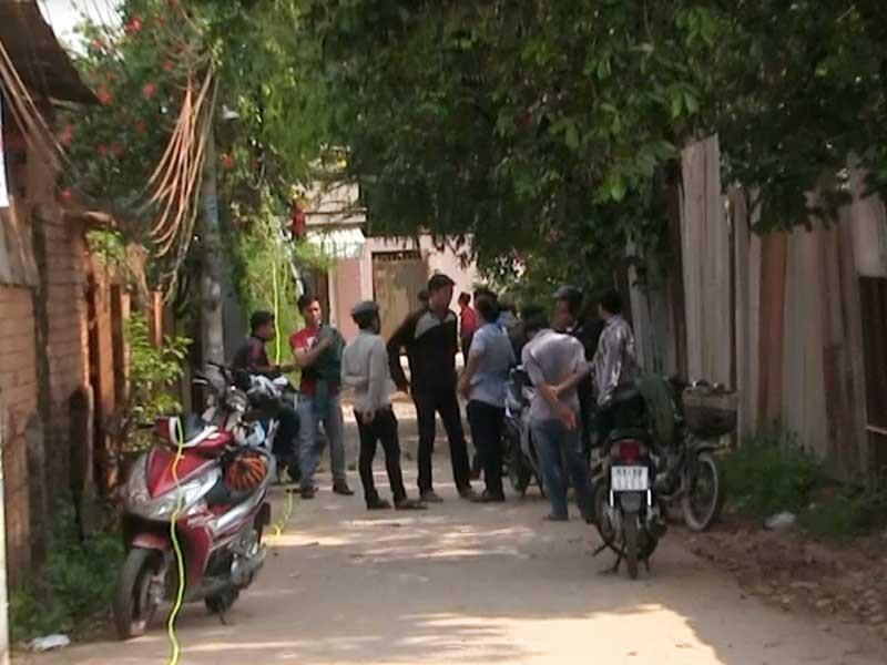 'Chợ' tiêm chích ở Hóc Môn đã vãng khách - ảnh 2