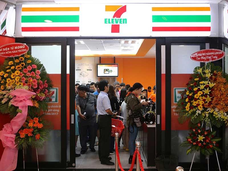 7-Eleven bắt đầu bán xôi, trứng vịt… tại Việt Nam - ảnh 1