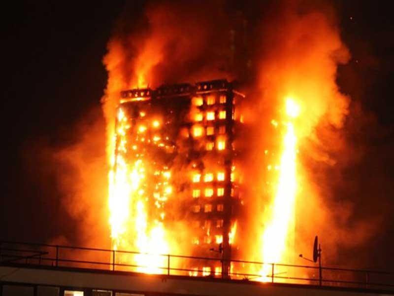 Vì sao tòa nhà 27 tầng biến thành 'hỏa ngục'? - ảnh 1