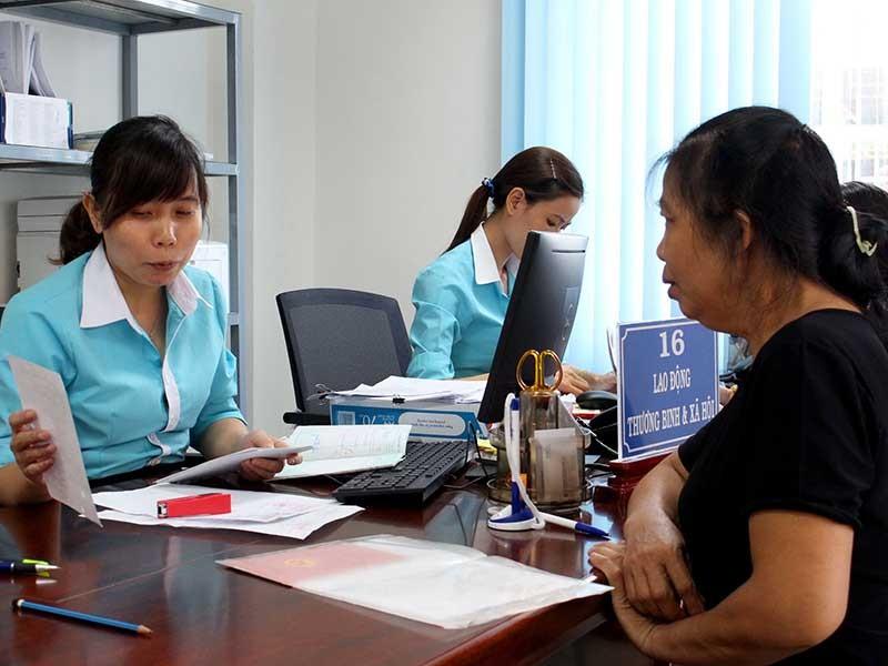 Trung tâm hành chính Bình Phước dẹp nạn đút lót - ảnh 1
