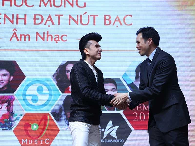 Đan Trường, Việt Hương công bố thông tin qua YouTube  - ảnh 1