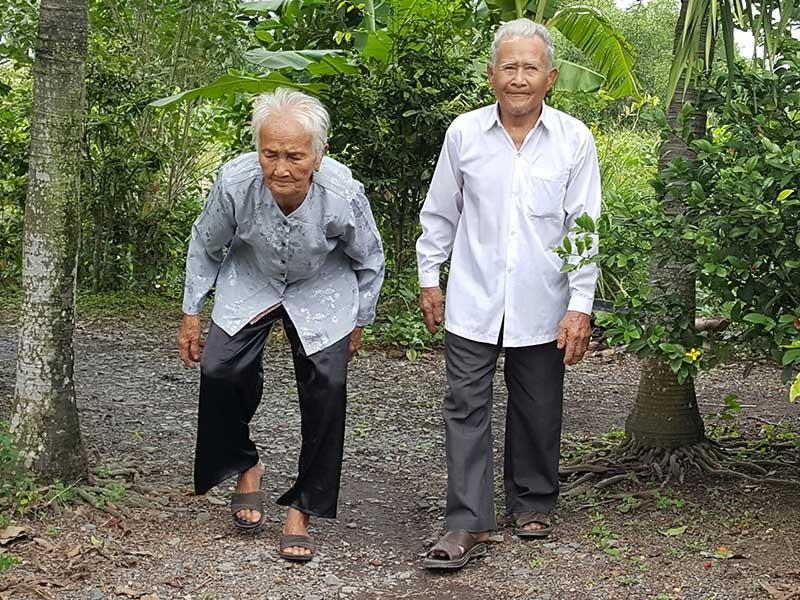 Những cụ già… trẻ trung tuổi 100 ở Bình Chánh - ảnh 2