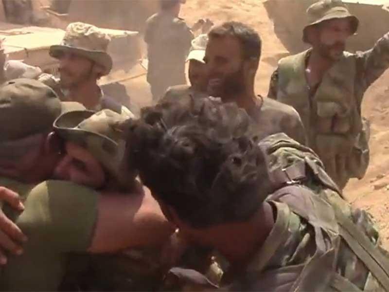 Ông Putin chúc mừng quân đội Syria đại thắng - ảnh 1