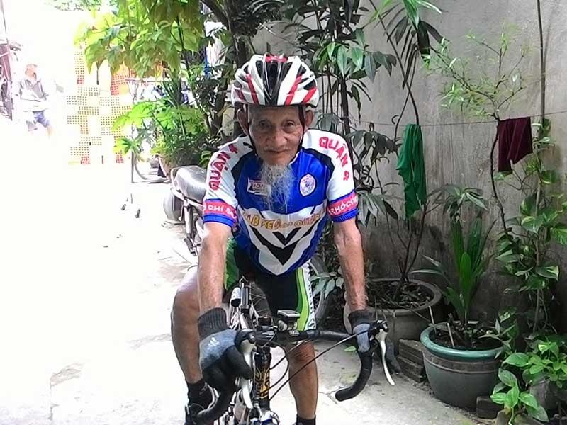 91 tuổi đạp xe khắp đất nước - ảnh 2