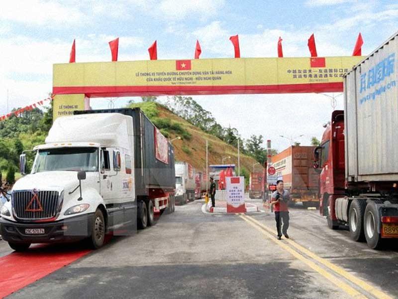 Thông xe tuyến chuyên dụng chở hàng Việt - Trung - ảnh 1