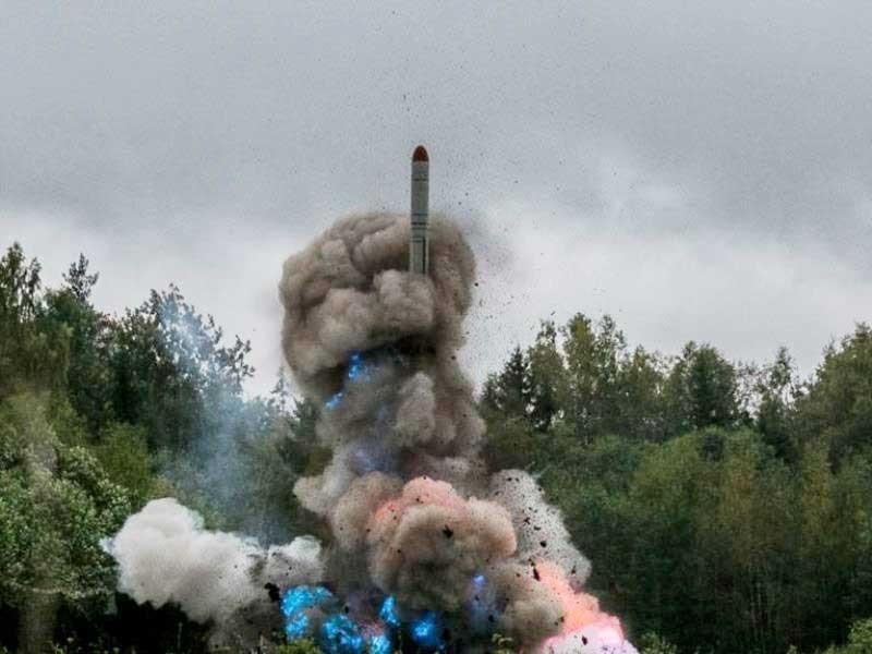 Đáp trả NATO, Nga đưa tên lửa tới 'yết hầu' châu Âu - ảnh 1
