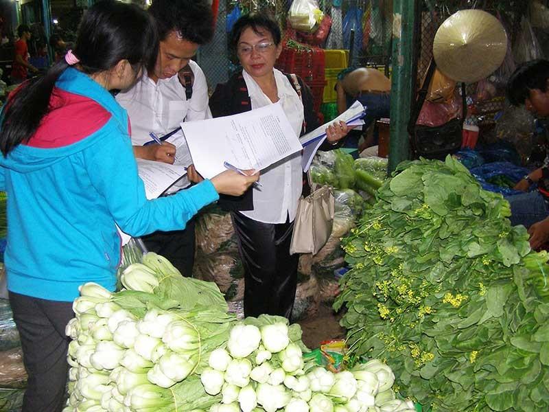 TP.HCM quyết lập hàng rào ngăn thực phẩm bẩn để đón Tết - ảnh 1