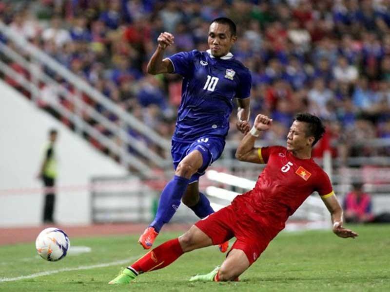 Bao giờ bóng đá Việt Nam đuổi kịp Thái Lan? - ảnh 1