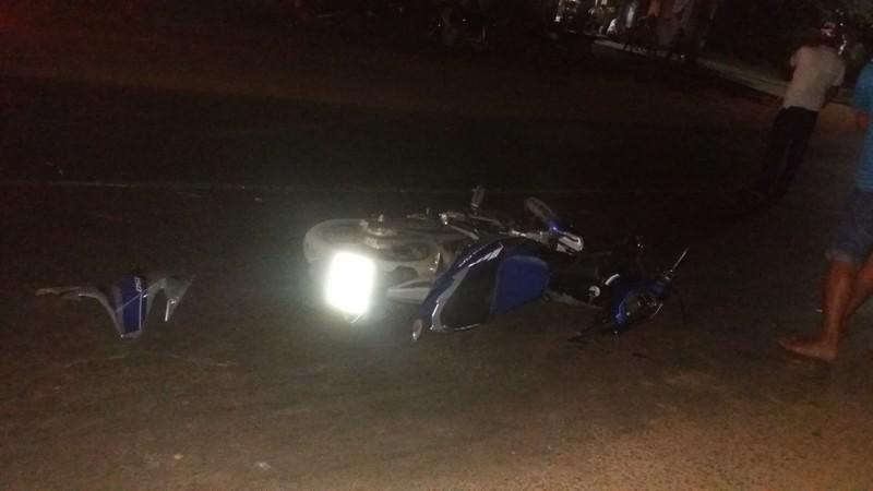 Người dân hốt hoảng sau cú tông mãnh liệt của hai chiếc xe máy - ảnh 6