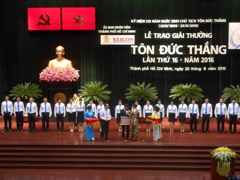 Trao giải thưởng Tôn Đức Thắng cho 8 kỹ sư, công nhân - ảnh 2
