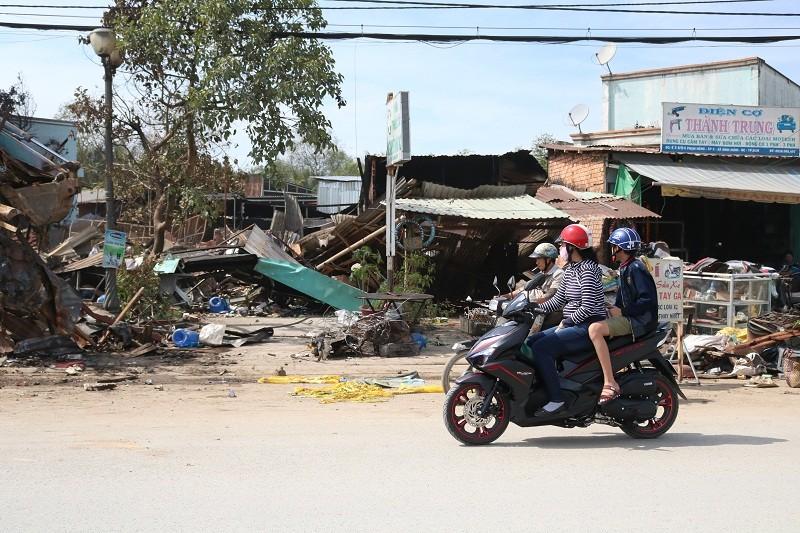 Sau vụ cháy đầu năm, người dân lao đao  - ảnh 5